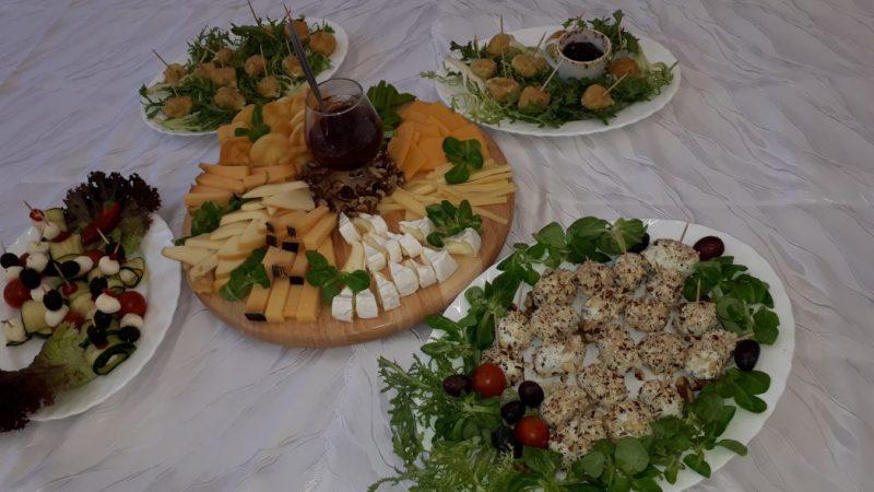 Różnorodność europejskich serów wramach kursów gastronomicznych CKZ.