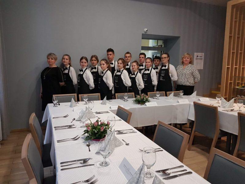 Spotkanie zZespołami Doradczymi szkół podstawowych iponadpodstawowych wZespole Szkół Gastronomicznych nr2